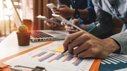 Como um profissional da saúde pode aprender sobre gestão de negócios